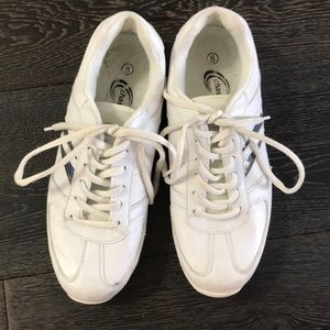 Chassé white cheer shoes with blue inserts